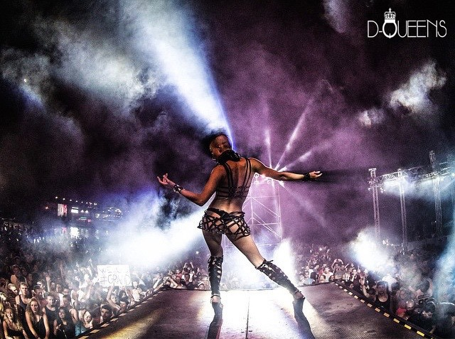 People are bored with standard nightclub performance – Here Come D-QUEENS!