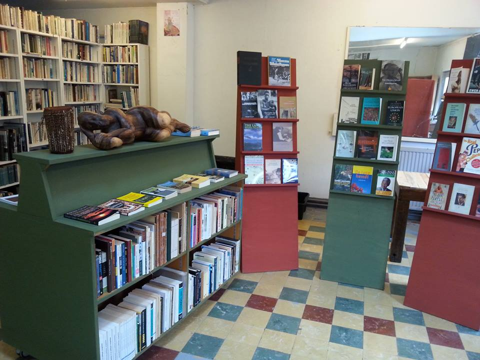 The Book Village of Redu and its Protagonist – Veggie Literary Cafe 'LA REDUISTE'