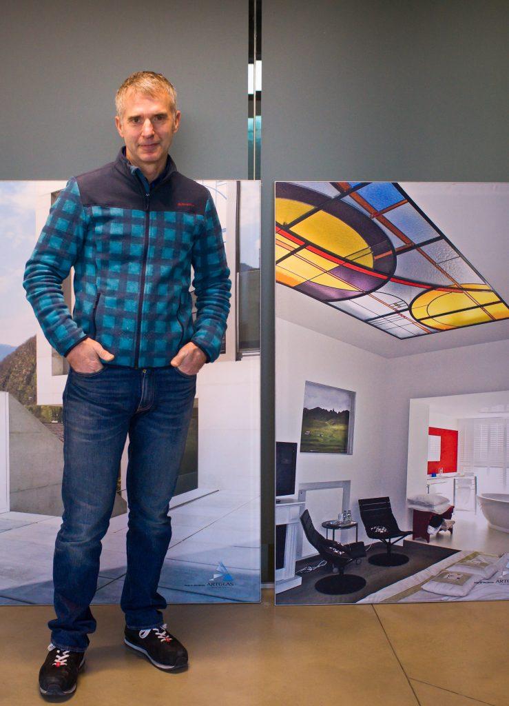 "John Dierickx at ""Artglas"" atelier/Courtesy Anuschka Theunissen"